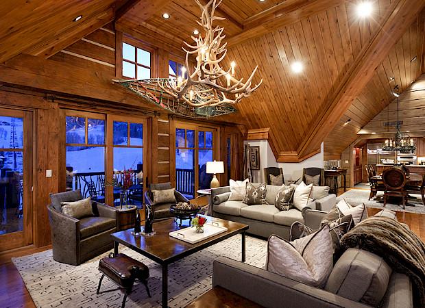 Colorado Lodge Living Room 1