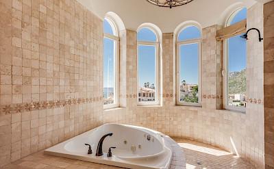 Ce Bedroom 2 Bath 2
