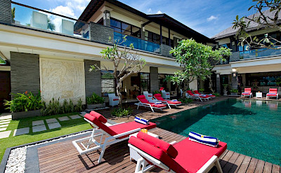 Villa Lega Sunloungers And Swimming Pool