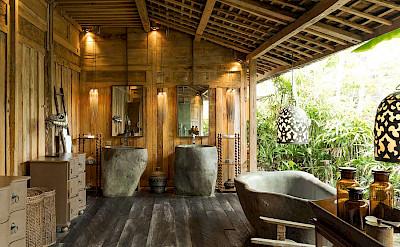 Villa Zelie Master Bat Oom Design