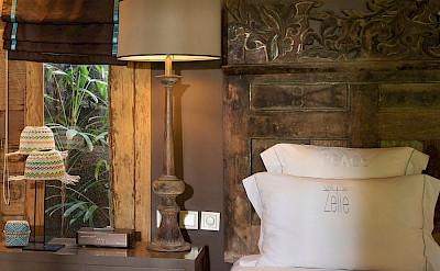 Villa Zelie Bedroom Cushions