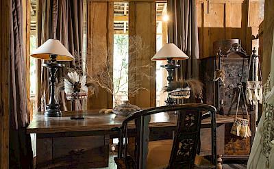 Villa Zelie Master Bedroom Work Desk