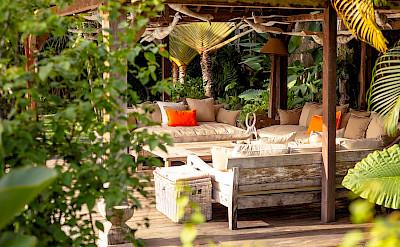 Villa Zelie Outdoor Living Area