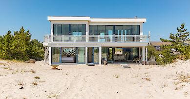 New York villa rentals