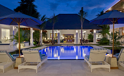 Villa Windu Asri Pool And Dining At Night
