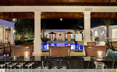 Villa Windu Asri Bar And Pool At Night