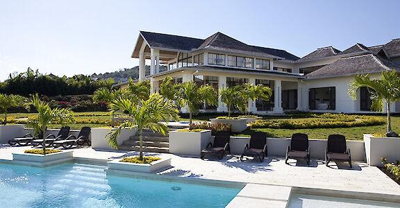 House Whole W Pool Copy