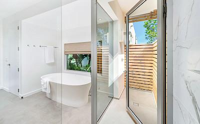 High Res Belb Villa 2 Master Bath 1