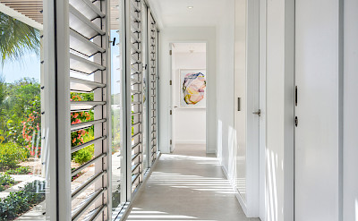 High Res Belb Villa 2 Hallway