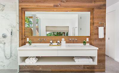 High Res Belb Villa 2 Master Bath
