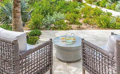 Belb High Res Villa 1 Entryway Patio 1