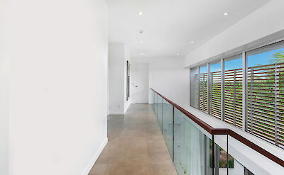 Belb High Res Villa 1 Upstairs Hallway