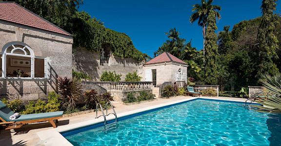 Lrg Porters Cottage Jan Pool 2