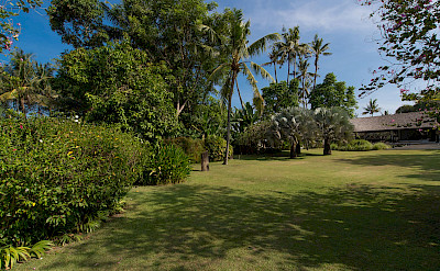 +Samadhana+ +Entrance+gardens+up+to+villa