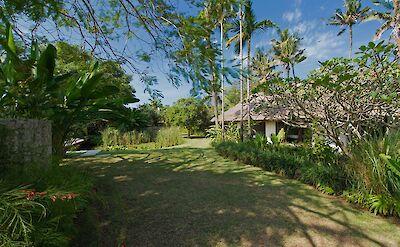 +Samadhana+ +Entrance+and+guest+house