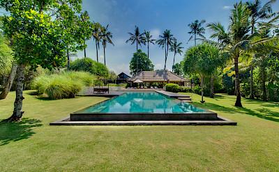 +Samadhana+ +Garden% 2 C+pool+and+villa