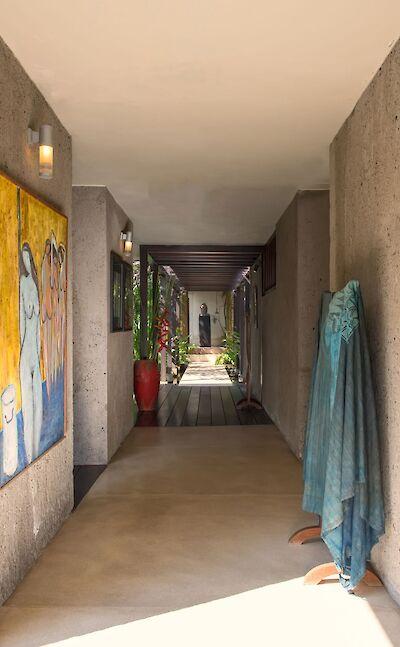+Samadhana+ +Corridor+to+master+suite