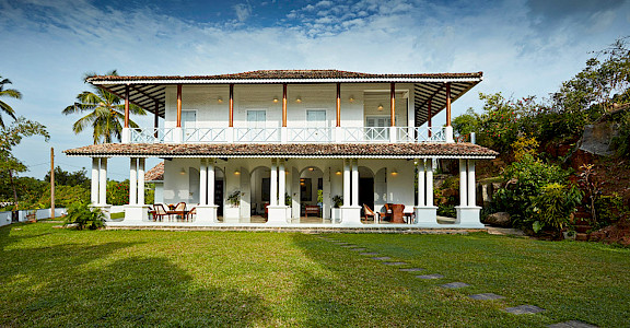 Pooja+Kanda+ +Colonial+grandeur