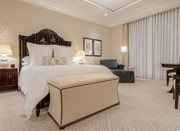 CP PalaceTower ManorVilla Bedroom