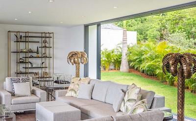 Villa Living 2