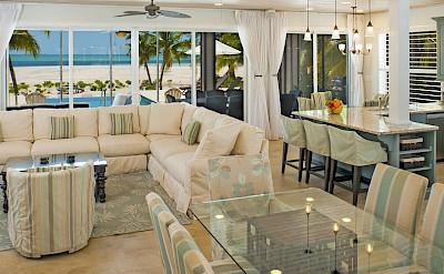 A 8 C Bb B MKWEB LivingroomLead
