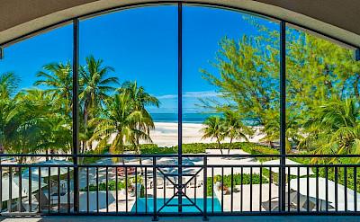 C E MK WEB Upstairs+screen+porch+view