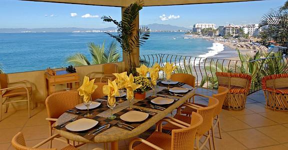 +Villa+Vista+Dining+Area