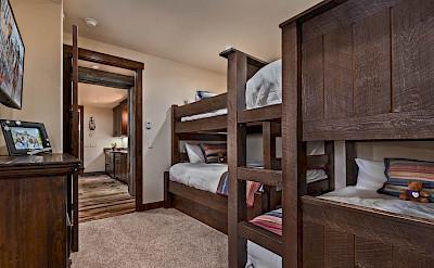 Apa Bunk Bed Hires