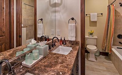 Apa Bunk Bath Hires