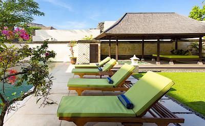 Villa Poolside Deckchairs